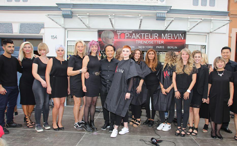 Friseure, Azubis und Models on Stage